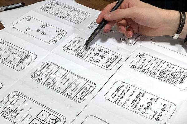 arztpraxis-artikel-skizze-papier-webdesign-fuer-aerzte